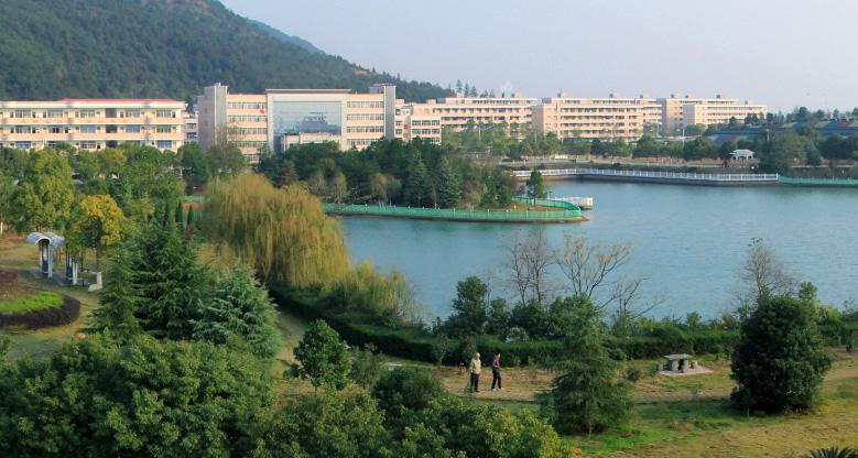 南昌西山风景区照片